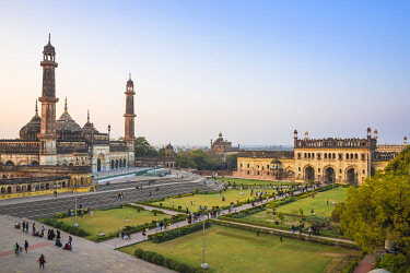 IN08360 India, Uttar Pradesh, Lucknow, Asifi Mosque at Bara Imambara complex