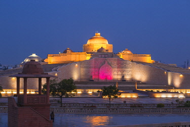 IN08453 India, Uttar Pradesh, Lucknow, Gomti Nagar, Dr. Ambedkar Park