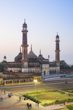 IN08459 India, Uttar Pradesh, Lucknow, Asifi Mosque at Bara Imambara complex