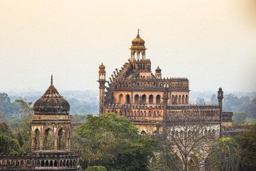 IN08467 India, Uttar Pradesh, Lucknow, Rumi Darwaza