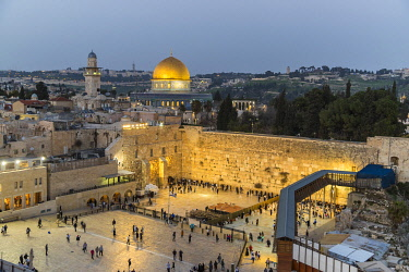 ISR1690AW Dome of the Rock and Western Wall with Mount of Olives in Jerusalem, Israel.