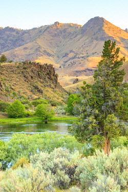 US38SWR0110 Lower Deschutes River, Central Oregon, USA