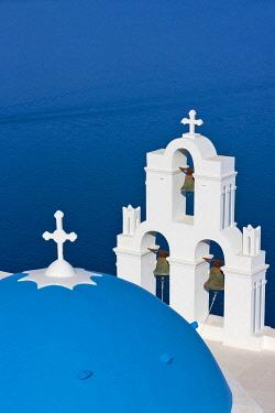 EU12KSU0224 Church on the coast of Aegean Sea. Oia, Santorini Island, Greece