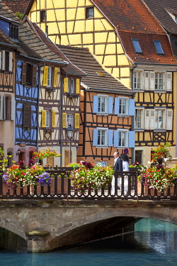 EU09BJN2044 Colorful half-timbered houses of Petite Venice in old-town Colmar, along Quai de la Poisonnerie, Alsace Haut-Rhin, France