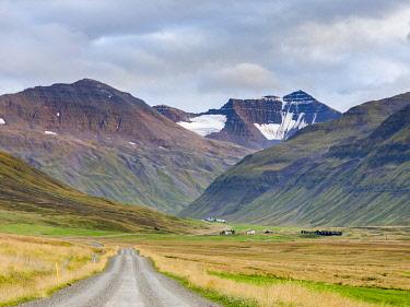 EU14MZW1418 Valley leading up to Lagheidi in Trollaskagi mountains. Northern Iceland