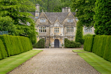 EU33BJN0582 Upper Slaughter Manor, the Cotswolds, Upper Slaughter, Gloucestershire, England