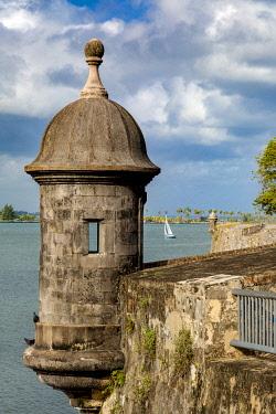 CA27BJN0051 Sentry Box (Garita) on El Morro Fort overlooking the Caribbean Sea in old San Juan, Puerto Rico
