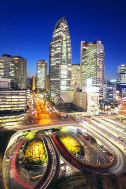 JAP1601RF Asia, Japan, Tokyo, Shinjuku, Mode Gakuen Cocoon tower, Fashion college building