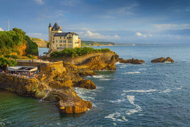 FRA11423AW France, Aquitaine, Pyrenees Atlantiques, Biarritz. Old mansion on the cliffs