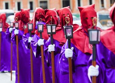 SPA9360AW Spain, Castile and Leon, Segovia, Semana Santa procession