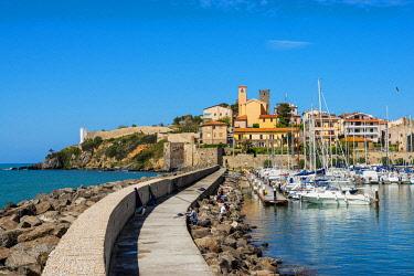 ITA13998AW Talamone harbor with castle, Orbetello, Grosseto, Maremma,Tuscany, Italy