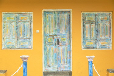SRI2344AWRF Door of villa, Galle, Southern Province, Sri Lanka