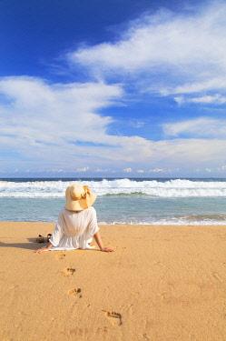 SRI2293AW Woman on Talalla beach, Southern Province, Sri Lanka (MR)