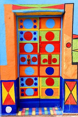 IBXEBO04865023 Colourfully painted door, house entrance, Burano, island Burano, Venice, Venetia, Italy, Europe