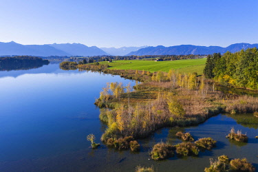 IBXMAN04870920 Lake Riegsee, North bank, near Murnau, The Blue Land, Alpine foothills, drone shot, Upper Bavaria, Bavaria, Germany, Europe