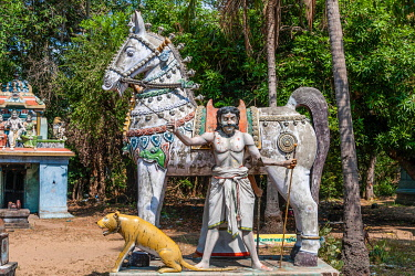 IBXMMW03920266 Decorated horse statue statue of the god, temple for the god Madurai Veeran, Mandavi, Tamil Nadu, India, Asia