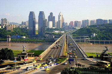 IBXTPG01772140 Cityscape, bridge, Changjiang river, Chongqing, China, Asia