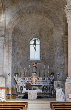 IBLJUN03947896 Choir, apse, Romanesque Old Cathedral, 12 - 13th century, Molfetta, Bari, Apulia Province, Italy, Europe