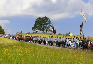 IBLMAN03930207 Corpus Christi procession, Torwang, Samerberg, Chiemgau, Upper Bavaria, Bavaria, Germany, Europe