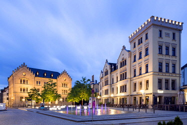 IBLRBB04244865 Albertsplatz with Luther Elementary School and historic residential and commercial building, Coburg, Upper Franconia, Bavaria, Germany, Europe