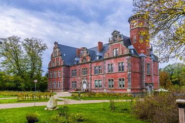 IBLRUT04601115 Bernstorf Castle, Bernstorf, Mecklenburg-Western Pomerania, Germany, Europe