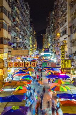 CH11992AW Fa Yuen street market at night, Mong Kok, Kowloon, Hong Kong, China