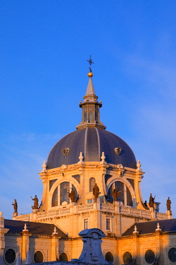 ES240RF Exterior of Almudena Cathedral, Madrid, Spain