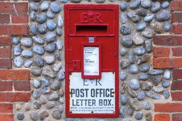 UK743RF UK, England, East Anglia, Norfolk, Cley, Letterbox