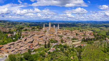 IT08140 Italy, Tuscany, Val d'Elsa. Aerial view of the medieval village of San Gimignano, a Unesco World Heritage Site