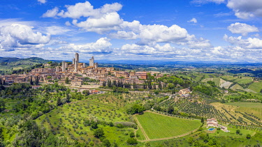 IT08142 Italy, Tuscany, Val d'Elsa. Aerial view of the medieval village of San Gimignano, a Unesco World Heritage Site