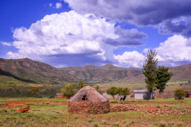 LES1201AW Africa, Southern Africa, Maseru District, Lesotho, hut