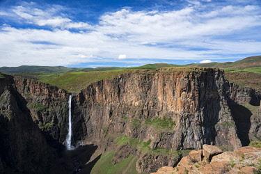 LES1207AW Lesotho, Maletsunyane Falls,