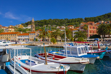 CR100RF Hvar Town and Harbour, Hvar, Dalmatian Coast, Croatia, Europe