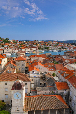 CR07314 Elevated View Over Trogir, Trogir, Dalmatian Coast, Croatia, Europe