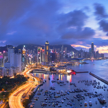 CH12024AW Hong Kong Island skyline at sunset, Hong Kong
