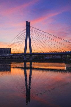 TPX69897 Japan, Honshu, Tokyo, Toyosu, Shinonome, Sakurabashi Bridge at Dawn