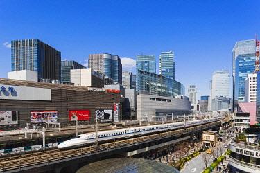 TPX69932 Japan, Honshu, Tokyo, Yurakucho, Skyline and Shinkansen Bullet Train