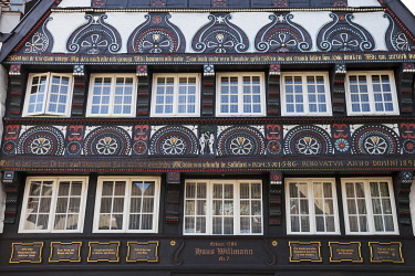 IBXDWH04266209 Facade with Adam and Eve, Haus Willmann, town house, half-timbered house, historic centre, Osnabrück, Lower Saxony, Germany, Europe
