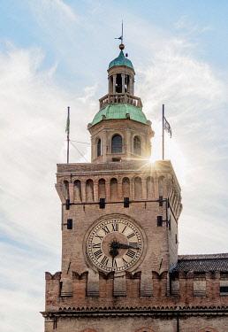ITA14070AW Palazzo d'Accursio, Piazza Maggiore, Bologna, Emilia-Romagna, Italy