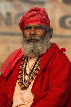 IN08501 India, Uttar Pradesh, Varanasi, Holy man