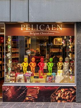 BEL1891AW Pelicaen Belgian Chocolates Shop, Brussels, Belgium