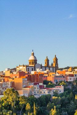 ES09428 Spain, Canary Islands, Gran Canaria Island, Aguimes, town view with Iglesia de San Sebastian church, dawn