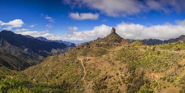 ES09499 Spain, Canary Islands, Gran Canaria Island,  Tejeda, view of the Roque Bentayga
