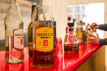 ES09507 Spain, Canary Islands, Gran Canaria Island, Arucas, Destilerias Arehucas run distillery, rum tasting area, bottles of rum