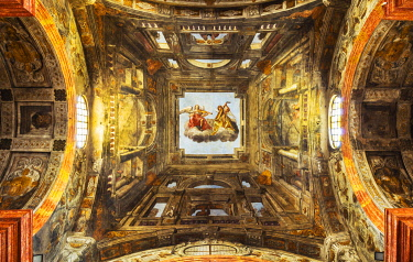 ITA14506 Italy. Emilia Romagna. Parma. Painted ceiling of St. Lucia's Church.
