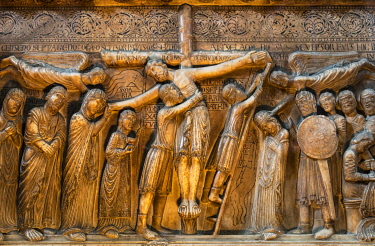 ITA14536 Italy. Emilia Romagna. Parma. The Deposition of the Cross by Benedetto Antelami at the Duomo of Parma.