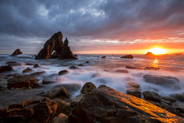 CLKMB111993 Arch Stack at sunset, Crohy Head, Dungloe, Maghery, Donegal, Ireland, Northern Europe
