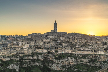 CLKFV109158 View of the Sassi quarter at sunset. Matera, Basilicata region, Italy.