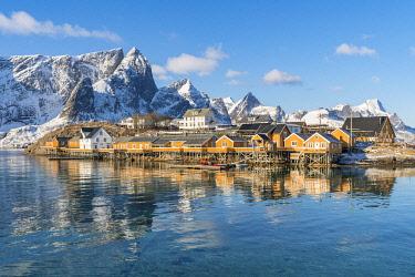 CLKFV107628 Sariskoy village in winter. Reine, Lofoten district, Nordland county, Northern Norway, Norway.