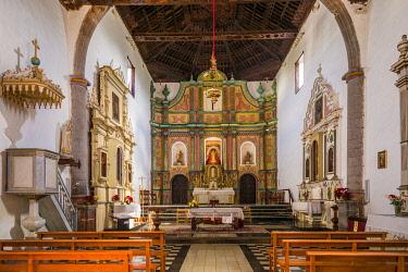 ES09573 Spain, Canary Islands, Fuerteventura Island, Antigua, Nuestra Senora de Antigua church, interior